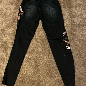 "YMI ""wanna betta butt"" floral embroidered jeans"